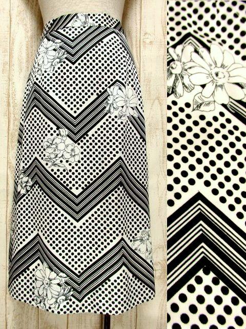 画像1: ☆  モノクロガーリーDot×ジグザグ柄×フラワー柄が可愛い♪ 70's ヴィンテージスカート ブラック×ホワイト ☆ (1)