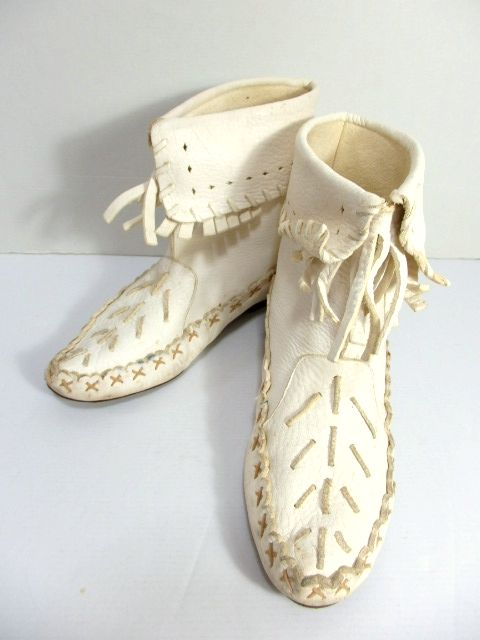 画像1: ショートブーツ オフホワイト フリンジ Brazil製 古着 フォークロア 24cm (1)