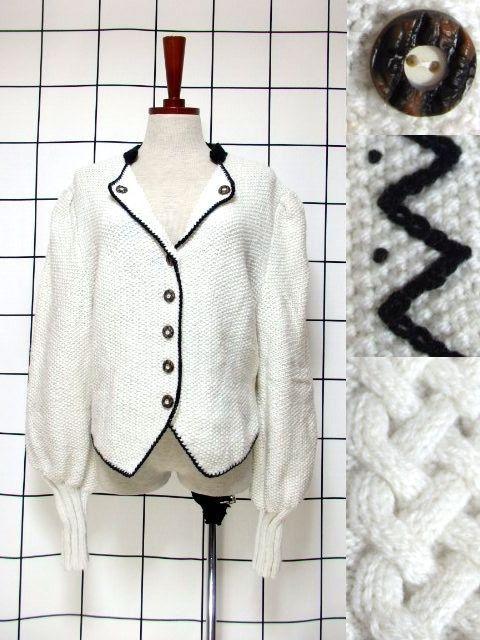 画像1: チロルニットカーディガン ナミナミ模様編み ホワイト ブラック ウール 袖リブ ウッド調ボタン フォークロア ヨーロッパ古着  (1)